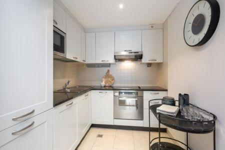 516 Longboat Kitchen