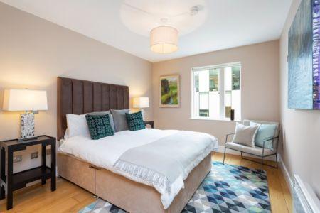 516 Longboat Master Bedroom